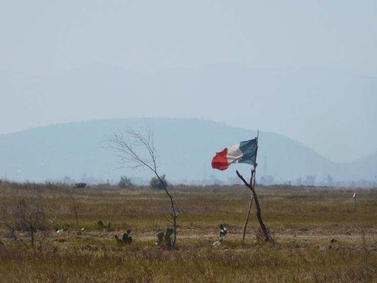 tierra en disputa en Atenco contra el aeropuerto